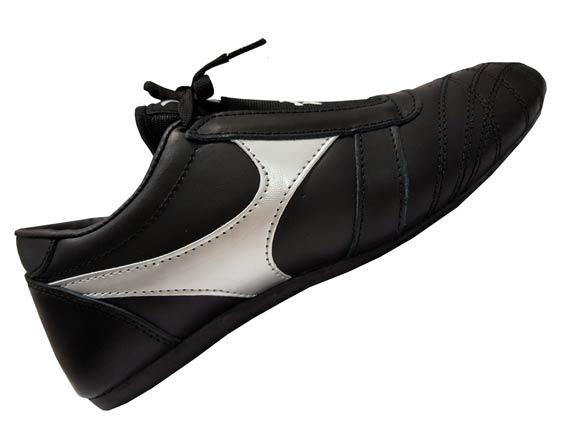 Chaussures Arts Martiaux en cuir noir